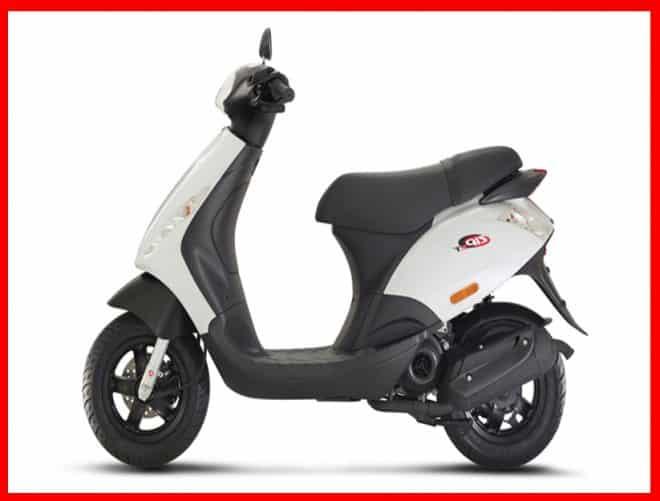 740 2 2017 Piaggio Zip 50 White