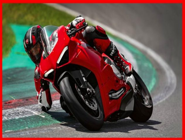 Panigale V2 MY20 Ambience 05 Gallery 1920x1080 1