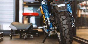 Los mejores soportes para paddock de motocicletas para un fácil mantenimiento y limpieza