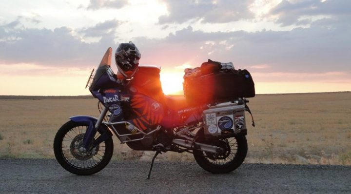 MOTORCYCLE TOURING FOR BEGINNERS – TIPS AND TRICKS