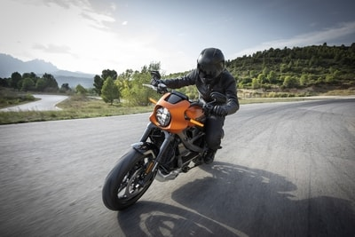 CAN YOU RIDE A MOTORCYCLE WITH A REGULAR DRIVER'S LICENSE?