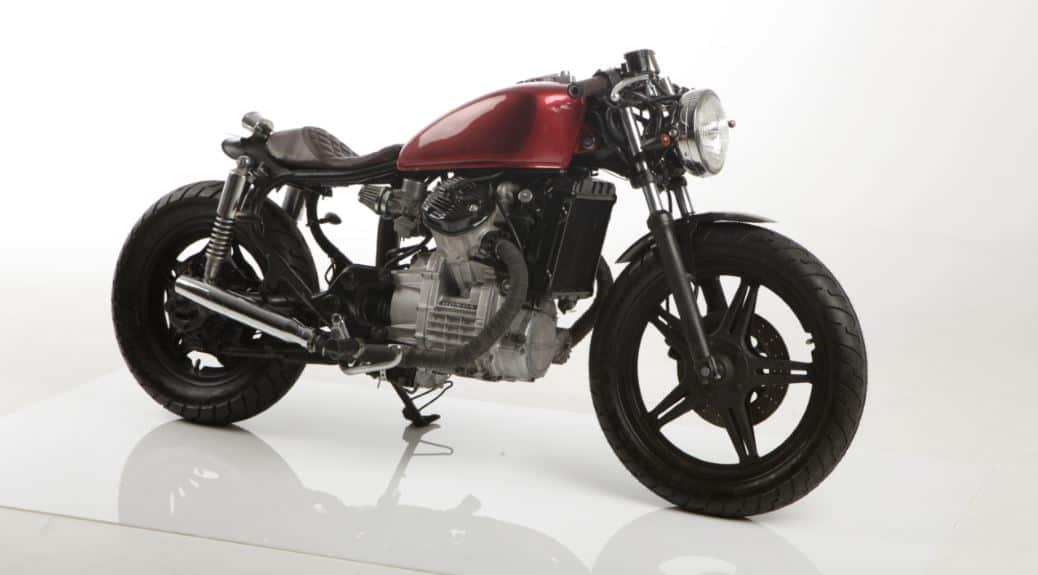 4 Creative Places To Put the Battery On A Cafe Racer