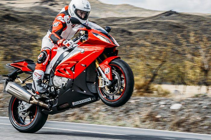 Quel est le meilleur pneu pour mon vélo de sport ?  Comment choisir le caoutchouc pour sa moto...