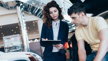 Siete datos que necesita saber sobre la compra de automóviles recuperados
