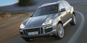 Esto es lo que necesita saber antes de comprar un Porsche Cayenne usado En 2002, Porsche inició una simpatía; el SUV de penetrante utilización. Ámalos u ódialos, están aquende para establecerse, y casi todos los fabricantes ofrecen al distinto una alternativa.