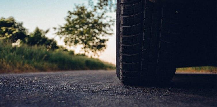 arreglar neumáticos secos