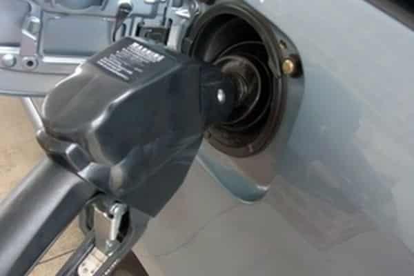 Cómo aumentar el consumo de combustible para un RAV4