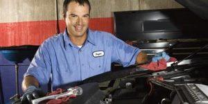Cómo reemplazar la correa de distribución en un Ford Ranger