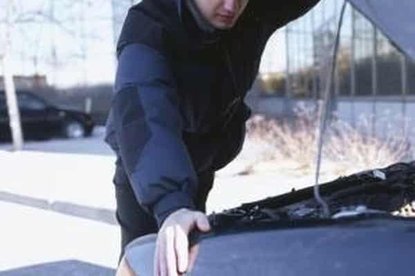 Cómo restablecer el motor de verificación en un Hyundai Tucson