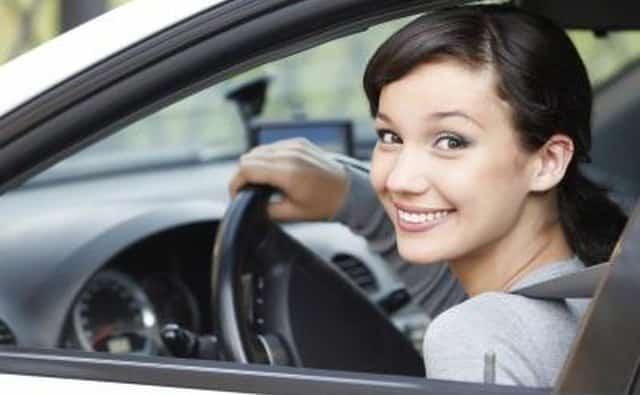Traiga prueba de posesión de la llave del auto que está reemplazando.
