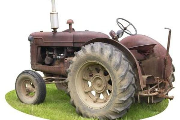 How to connect a tractor voltage regulator