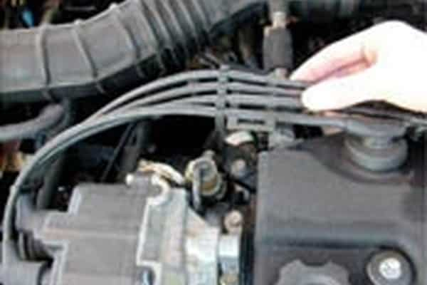 Cómo determinar cuántos cilindros tiene su automóvil