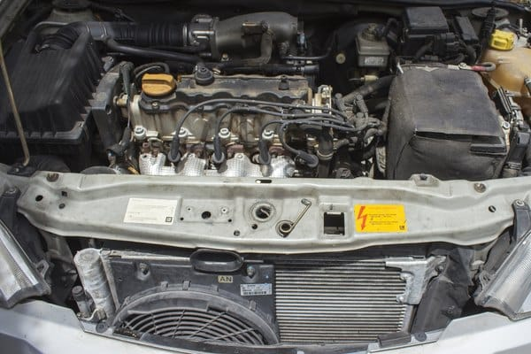 How to clean a car air conditioning evaporator