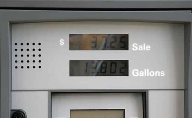 Gardez votre réservoir d'essence aussi plein que possible.