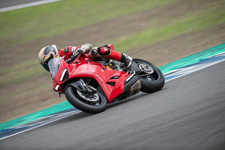 DUCATI PANIGALE V2 2020 [ REVIEW ]