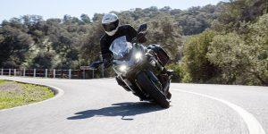 La motocicletas deportiva de carretera de Kawasaki hereda el título Ninja, tiene una pantalla TFT, control de tracción mejorado, ABS y comodidad