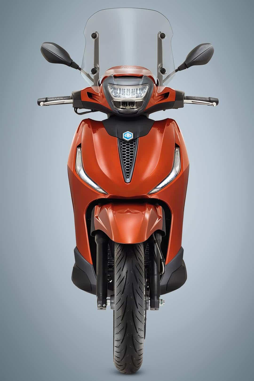 Primer vistazo a la serie de scooters Piaggio Beverly 2021: colores