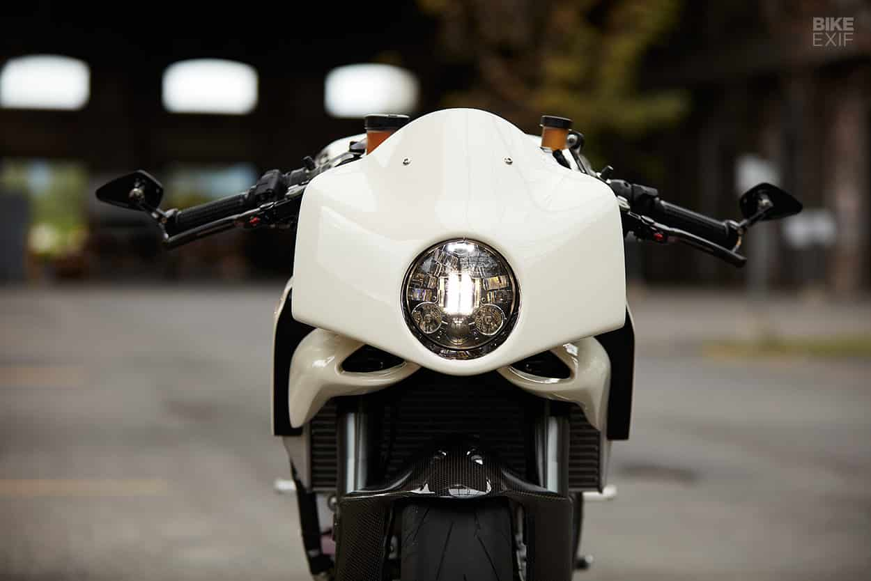 Custom Ducati 899 Panigale cafe racer de Mr Motorcycles