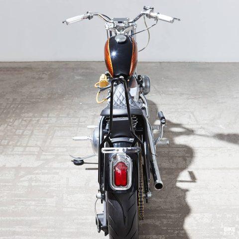 Harley 883 bobber del canadiense Nick Acosta de Augment Collective