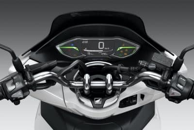 2022 Honda PCX First Look urban scooter 10