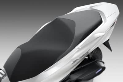 2022 Honda PCX First Look urban scooter 12
