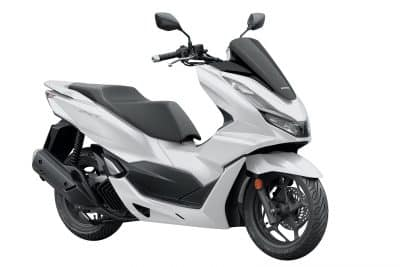 2022 Honda PCX First Look urban scooter 3