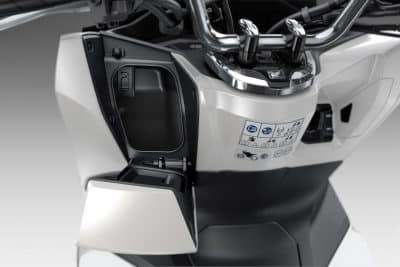 2022 Honda PCX First Look urban scooter 9