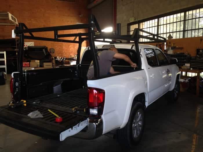 Un nuevo Rack-It cuadrado en una Tacoma.