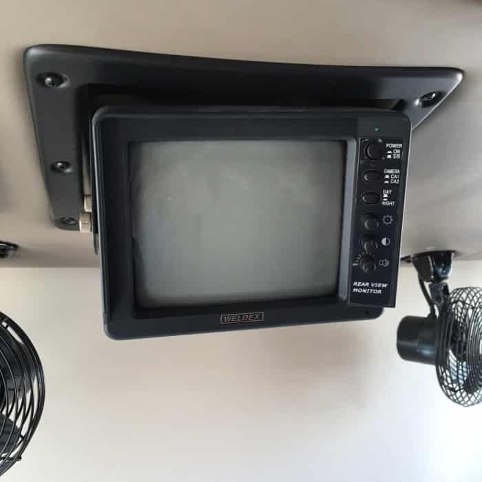Monitor trasero en blanco y negro más antiguo