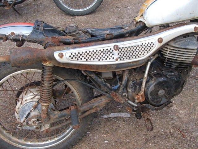 MT 250 Honda Elsinore antes de la restauración