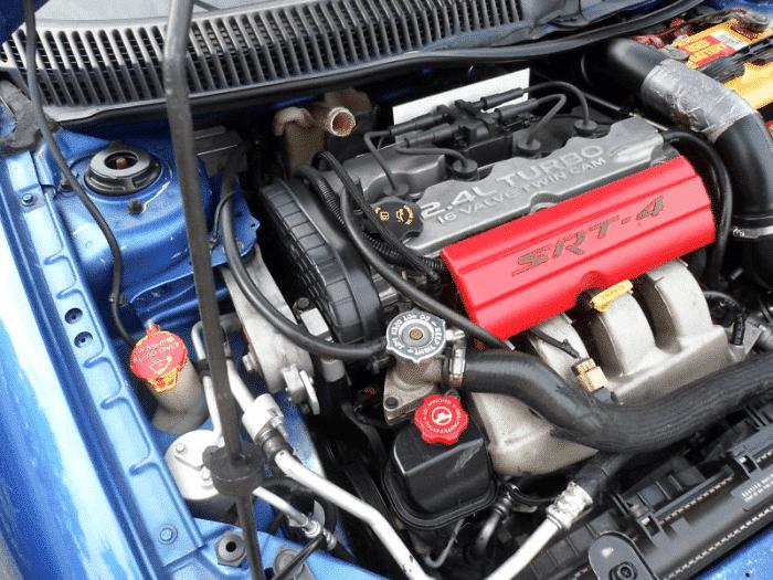 Si su automóvil tiene un ralentí brusco cuando está frío, verifique las fuentes comunes de problemas.