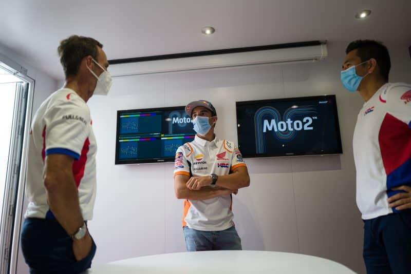 1618953809 781 5f6cbd3ca19829.37569804 Márquez hace una visita al paddock de MotoGP