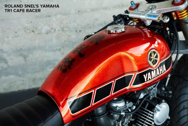 Paint on the tank of the Roland Snel Yamaha cafe racer