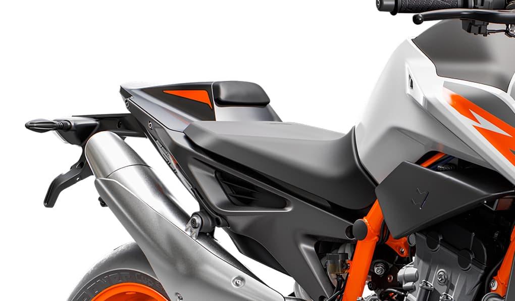 KTM DUKE 890R seats Fecha de lanzamiento, especificaciones y precio de la KTM 890 Duke R 2020