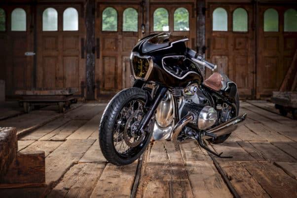 P90396878 highRes bmw motorrad present e1598352546613 BMW Motorrad presenta el Blechmann R18 Custom
