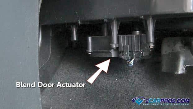 bend door actuator 424 Cómo reemplazar un actuador de puerta de mezcla automotriz