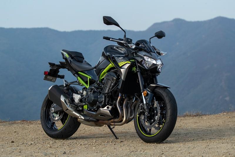 Revisión de 2020 Kawasaki Z900 ABS