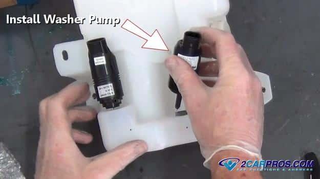 instalar un nuevo motor de bomba de lavado