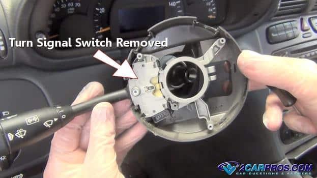 Interruptor de señal de giro eliminado
