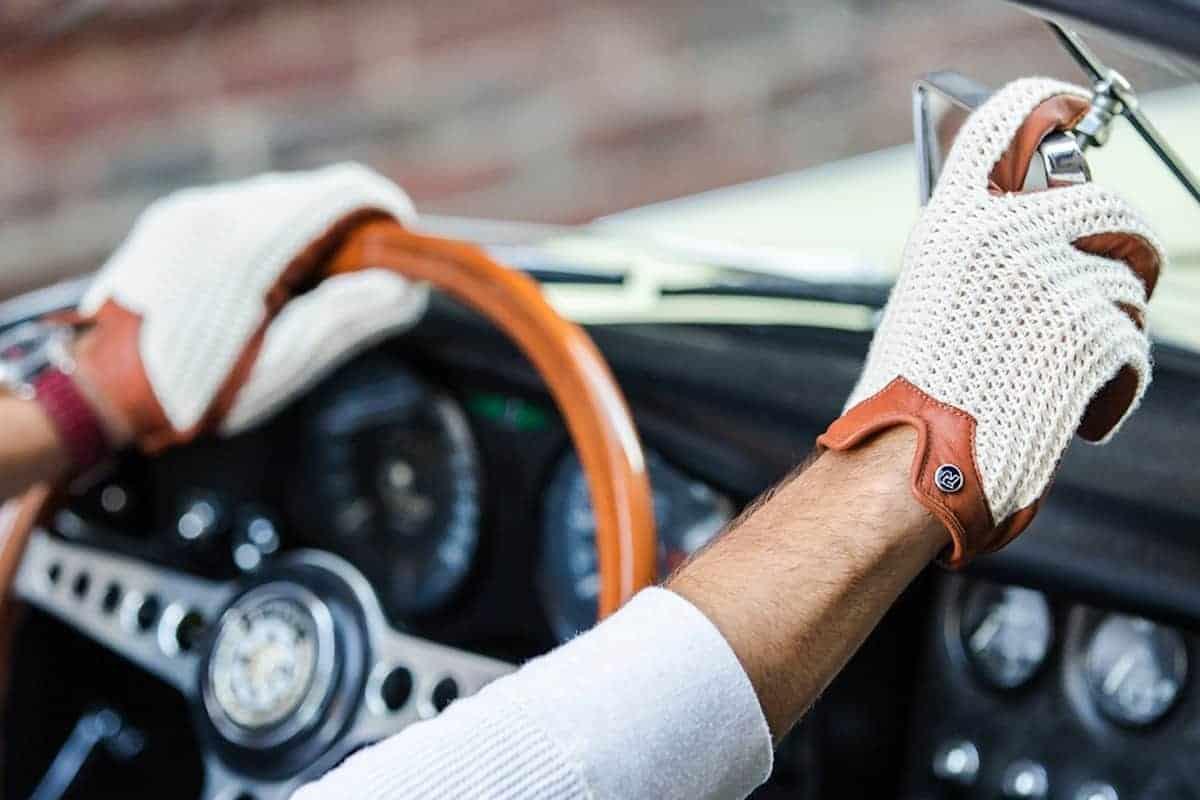 Beneficios de los guantes de conducción
