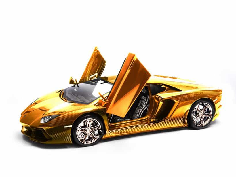 Lamborghini Aventador Diecast gold 1