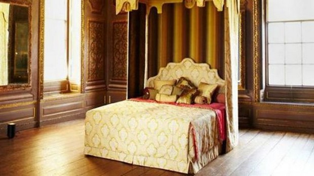 Royal Bed by Savoir Beds 1