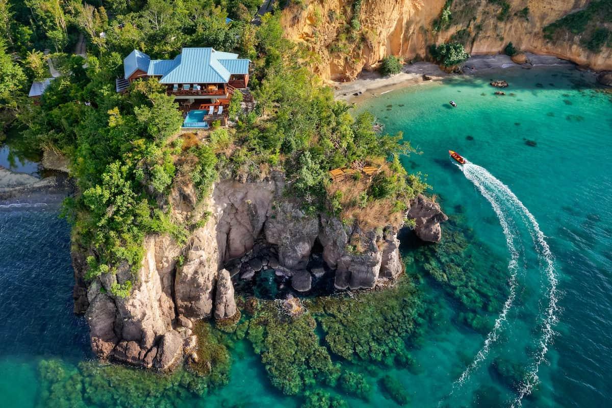 Bahía secreta, Dominica