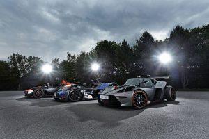 Wimmer lanza el trío personalizado de autos de carrera KTM X-BOW