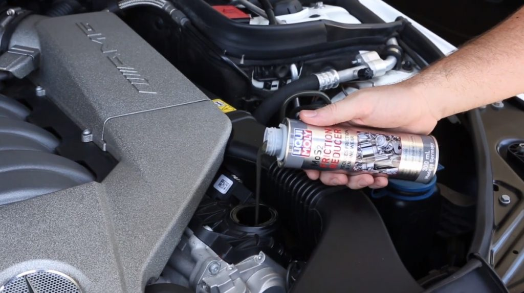 anti friction liquid pouring in engine