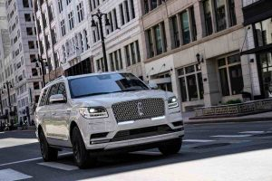 Can a Lincoln Navigator pull a Camper
