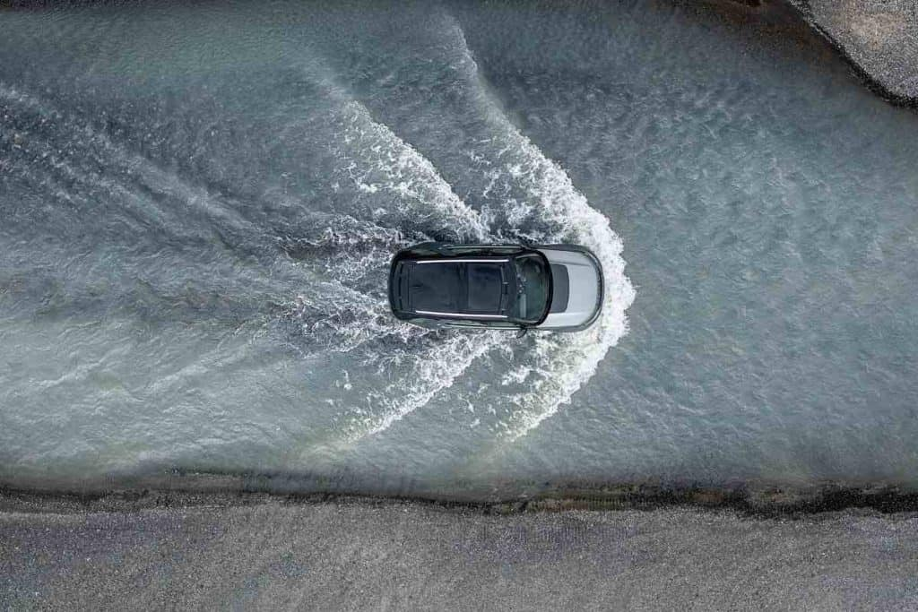 How Deep Can a Land Rover Discovery Go in Water